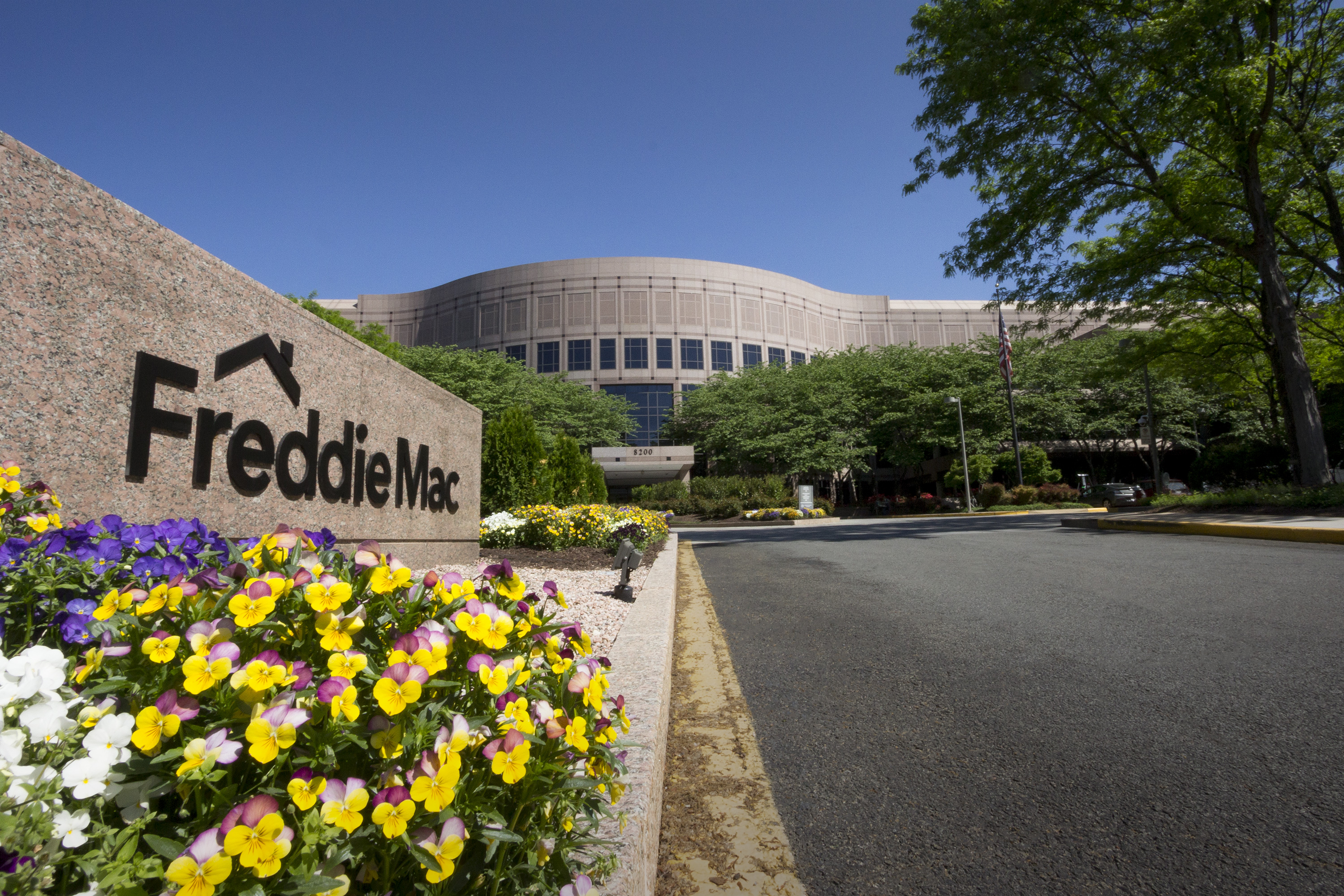 Freddie Mac announced that its Credit Risk Transfer (CRT) program transferred approximately $2.5 billion of credit risk on $69 billion of single-family mortgages from taxpayers to the private sector during the third quarter of this year